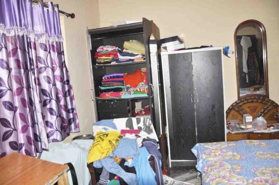 पुलिस गश्त के बाद भी तीन मकानों के ताले टूटे, कॉलोनियों के सूने मकान चोरों के निशाने पर