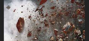 गुब्बारे भरने वाले विस्फोट में हुआ विस्फोट, घर के बाहर खेल रही लड़की की मौत