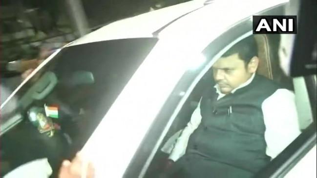 शिवसेना-बीजेपी के गतिरोध के बीच फडणवीस ने की आरएसएस प्रमुख से मुलाकात