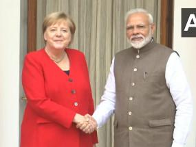 PM मोदी और जर्मन चांसलर की बैठक, 11समझौतों पर साइन, आतंकवाद पर चर्चा