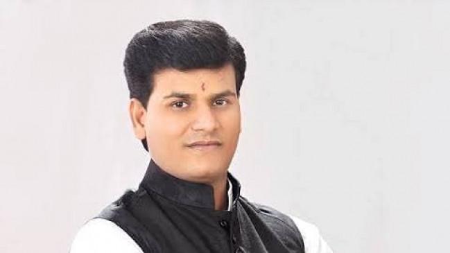 निर्दलीय विधायक की नसीहत - भाजपा के साथ नहीं आई तो टूट जाएगी शिवसेना