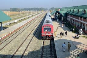 जम्मू एवं कश्मीर : नवंबर 18 से शेष खंडों में ट्रेन सेवाएं होंगी चालू