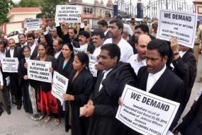 तीस हजारी कोर्ट : दिल्ली हाईकोर्ट के आदेश के बाद वकीलों ने खत्म की हड़ताल