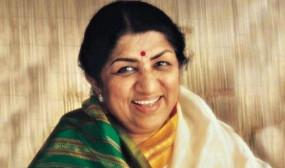 लता मंगेशकर को सांस लेने में तकलीफ, मुंबई के ब्रीच कैंडी अस्पताल में भर्ती
