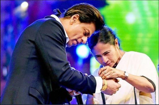 ममता ने बंगाल के ब्रांड एम्बेसडर शाहरुख खान को दी जन्मदिन की बधाई