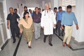 चिकित्सा शिक्षा मंत्री ने मेडिकल कॉलेज छिंदवाड़ा को बताया प्रदेश के अन्य कॉलेजों में बेस्ट
