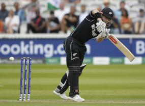 माउंट माउंगानुई टेस्ट : न्यूजीलैंड मुश्किल में