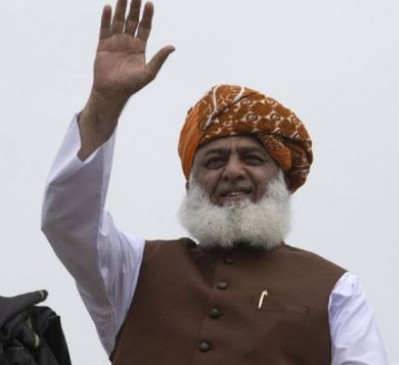 पाकिस्तान: मौलाना फजलुर रहमान के खिलाफ विद्रोह का मामला दर्ज