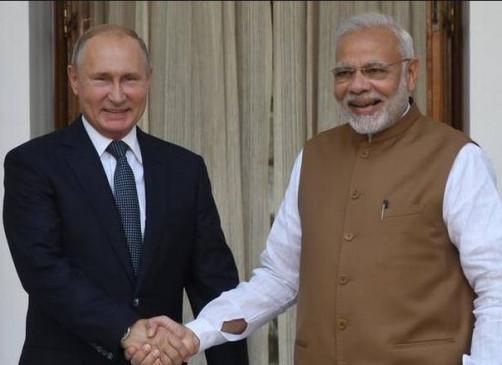 Fake News: पीएम मोदी और रूस राष्ट्रपति पुतिन जलीकट्टू में होंगे शामिल ?