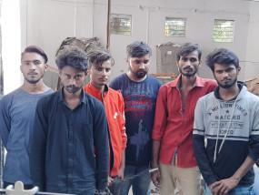 पुलिस ने पकडा साढे 6 लाख का 45 कफ सिरप - भोपाल से रीवा के लिए रवाना हुई थी खेप