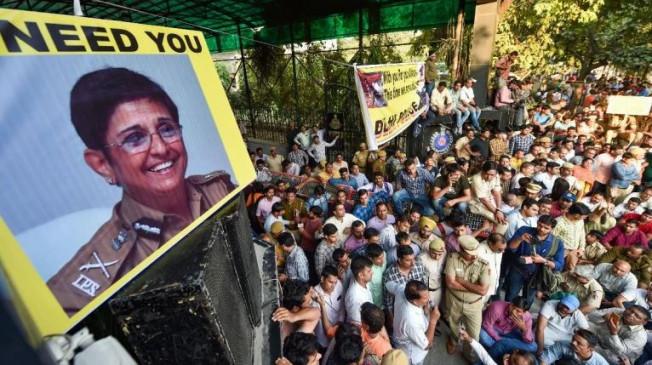 तीस हजारी कांड : 31 साल बाद सिपाही-हवलदारों को फिर क्यों याद आईं किरण बेदी?