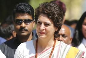 कांग्रेस ने कहा, प्रियंका गांधी वाड्रा का भी मोबाइल हैक किया गया