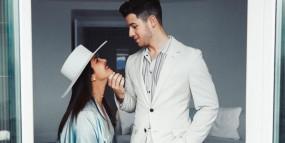 शादी की पहली सालगिरह पर प्रियंका ने दिया निक को खास तोहफा