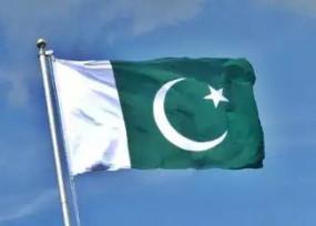 पाकिस्तान में प्रदर्शनकारियों ने कंटेनर को बनाया आशियाना