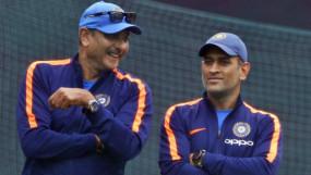रवि शास्त्री ने कहा- धोनी पर कयास लगाने के बजाए IPL तक का इंतजार करें