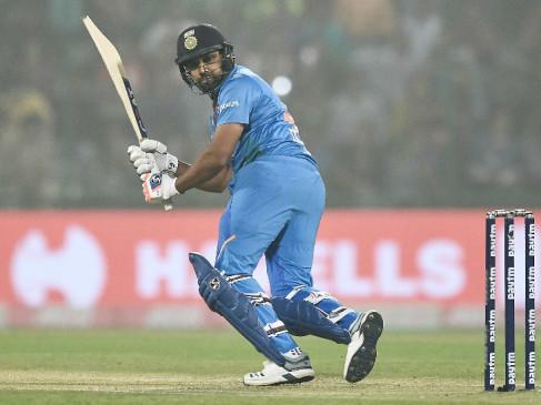 रोहित T- 20 में सबसे ज्यादा रन बनाने वाले बल्लेबाज बने, कोहली-धोनी को पीछे छोड़ा