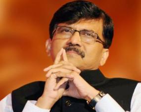 संजय राउत ने फडणवीस को विरोधी दल का नेता बनने की दी बधाई