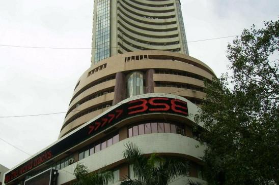 शेयर बाजार तेजी के साथ बंद, सेंसेक्स 221 और  निफ्टी 44 पॉइंट चढ़ा