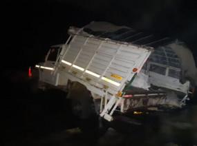 महाराष्ट्र: धुले जिले में नदी में गिरी पिकअप वैन, 7 की मौत, कई घायल