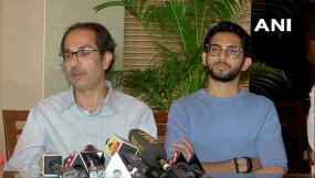 शिवसेना ने कहा- हमने नहीं छोड़ा बीजेपी का साथ, एनसीपी-कांग्रेस से बातचीत जारी