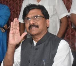 महाराष्ट्र में कांग्रेस, एनसीपी के समर्थन से सरकार बनाएगी शिवसेना : संजय राउत