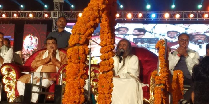 राम मंदिर बनाने वाली समिति का हिस्सा नहीं बनेंगे श्री श्री रविशंकर