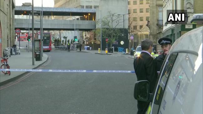 लंदन ब्रिज पर संदिग्ध हमला, 5 लोग घायल, पुलिस ने हमलावर को मार गिराया