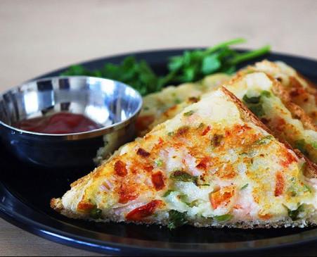 सुबह नाश्ते में झटपट बनाएं स्वादिष्ट दही सूजी सैंडविच, देखते ही मुंह में आ जाएगा पानी