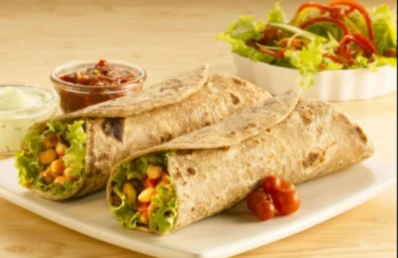 स्वाद में स्वादिष्ट और बनाने में आसान वेज कबाब रोल पराठा
