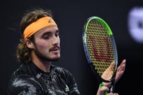 टेनिस : सितसिपास एटीपी फाइनल्स के सेमीफाइनल में