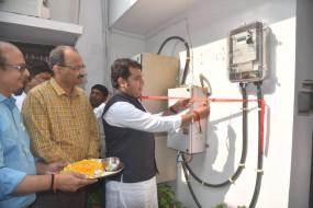 सरकारी बंगलों में प्रीपेड मीटर लगाने का काम ऊर्जा मंत्री के घर से शुरू
