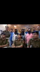 उप्र : पूर्व मंत्री के रिश्तेदार से रंगदारी मांगी, 3 गिरफ्तार