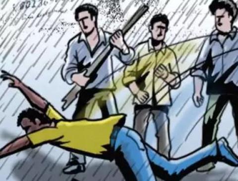UP: शिक्षक ने किया था छेड़खानी का विरोध, छात्रों ने की जमकर पिटाई