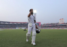 विराट कोहली की कप्तानी में भारत की लगातार 7वीं टेस्ट जीत, धोनी का रिकॉर्ड तोड़ा
