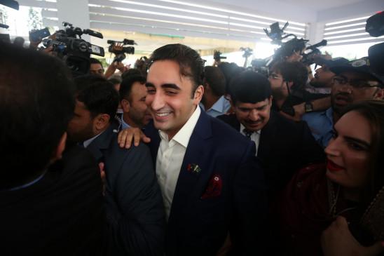 जरदारी को विशेषज्ञ डॉक्टरों से नहीं मिलने दिया गया : बिलावल