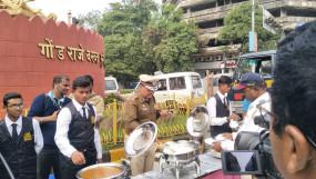 शीतसत्र के लिए नागपुर में बाहर से बुलाए गए पुलिस जवानों को 10 रुपए में भोजन