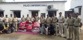यवतमाल में हथियारों का जखीरा बरामद, 5 गिरफ्तार