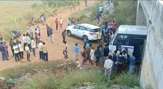 बिहार : हैदराबाद मुठभेड़ को लेकर छात्रों, नेताओं ने तेलंगाना पुलिस को सराहा