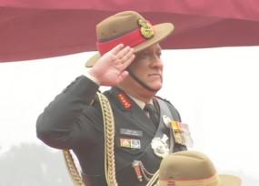 आर्मी चीफ के पद से रिटायर हुए बिपिन रावत, अब संभालेंगे CDS का कार्यभार