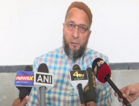 CAA: ओवैसी ने PM मोदी पर साधा निशाना, बोले- 'देश को गुमराह कर रहे हैं प्रधानमंत्री'