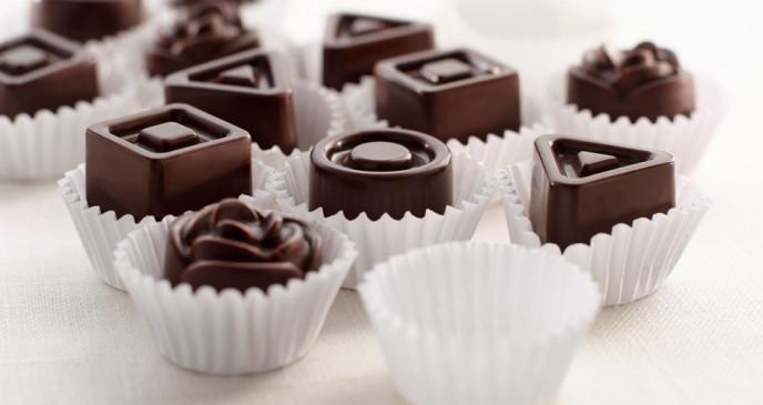 Christmas special: मेहमानों के लिए बनाएं चॉकलेट मोल्ड