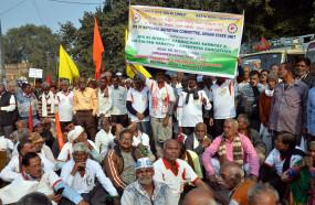 दिल्ली : ईपीएस 95 के पेंशनधारको ने रामलीला मैदान पर की विशाल रैली