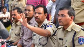 हैदराबाद: एनकाउंटर मामले पर सुप्रीम कोर्ट में आज सुनवाई, कमिश्नर पर FIR की मांग