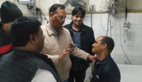 दिल्ली फायर: सबसे बड़े हीरो बने फायरमैन राजेश, 11 लोगों को धधकती इमारत में जाकर बचाया