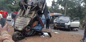 तेज रफ्तार कार और ऑटो में जोरदार टक्कर, आठ घायल