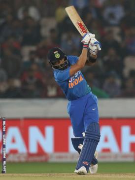 हैदराबाद टी-20 : कोहली के तूफान के आगे विश्व विजेता विंडीज ध्वस्त (राउंडअप)