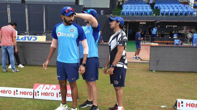 Ind vs WI: टीम इंडिया के साथ प्रैक्टिस में जुड़े बुमराह, BCCI ने ट्विटर पर शेयर की फोटो