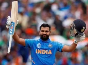 IND VS WI: रोहित 400 छक्के लगाने वाले पहले भारतीय बनने से 1 कदम दूर