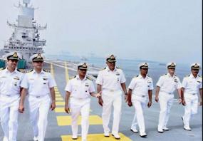 भारतीय नौसेना का बड़ा फैसला, फेसबुक-स्मार्टफोन पर लगाया बैन