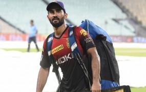 IPL-13: मैक्कलम ने कहा- कार्तिक ही रहेंगे कोलकाता नाइट राइडर्स के कप्तान